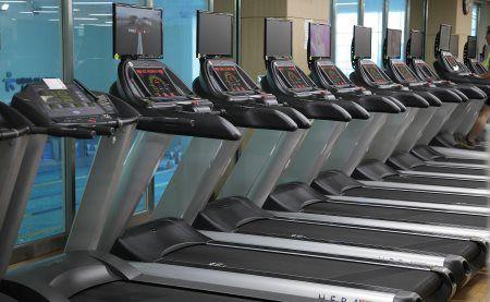 Schneller laufen – Tipps für mehr Lauftempo - Laufband-Training